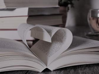 book-2135811_1920