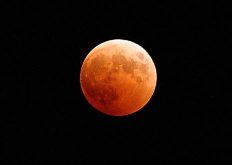 lunar-eclipse-767808_640.jpg