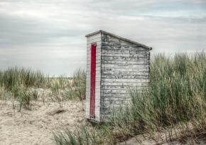 beach-house-2608515_640.jpg